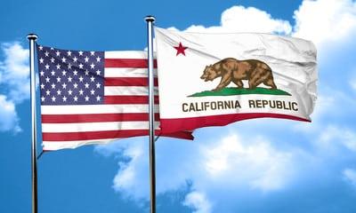 Bandeiras do Estado da Califórnia e dos EUA